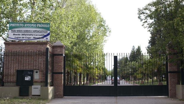 El instituto Próvolo