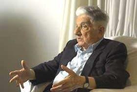 Augusto Roa Bastos, durante la entrevista con LA NACION