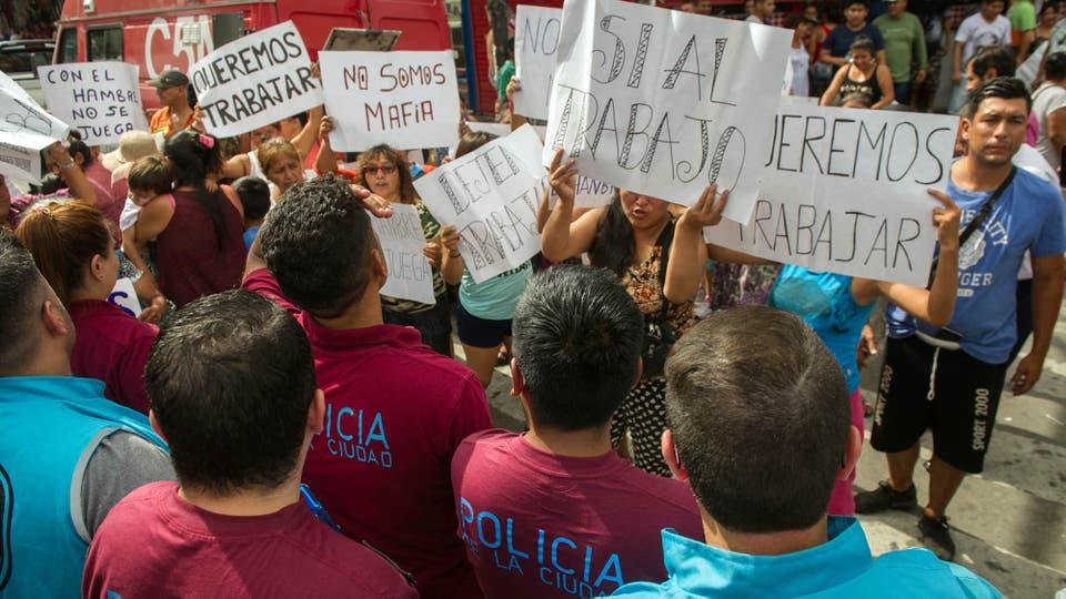 Desalojo de manteros en Liniers