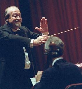 Pedro Ignacio Calderón, con un Rachmaninov de estreno