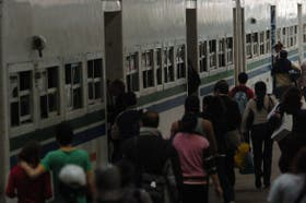 Este año, el Gobierno entregará unos $ 3000 millones a trenes y colectivos para que no suba el precio del boleto