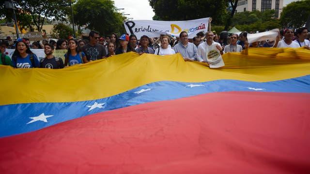 """Maduro dio un discurso duro: """"Aspiro que el mundo escuche después de 90 días de violencia, de destrucción y de muerte""""."""
