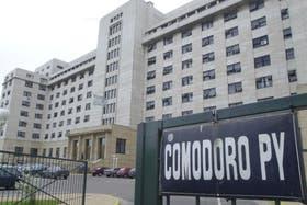 Fariña y Elaskar no se presentarán hoy en los Tribunales de Comodoro Py