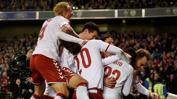 Dinamarca, al Mundial con la pegada de Eriksen (1-5)