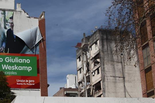 La explosión causó varias muertes y hay al menos 60 personas heridas. Foto: LA NACION / Ezequiel Muñoz