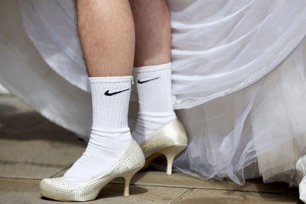 Qué se yo, a mi me parece que las marcas deportivas se están extralimitando con los nuevos modelos de zapatillas.  Foto:AFP