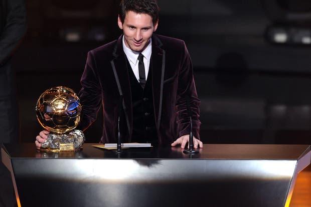 Messi le dedicó el premio a sus compañeros de Barcelona y de la selección.