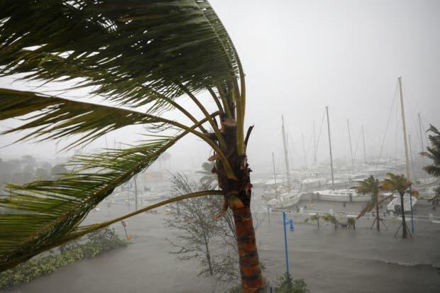 El huracán golpeó Marco Island, una ciudad cercana a Miami, Florida