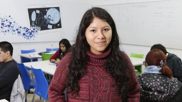 Ayelén Angulo, de 21 años, estudia Ingeniería Química