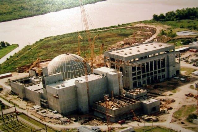Una vista de Atucha II en construcción