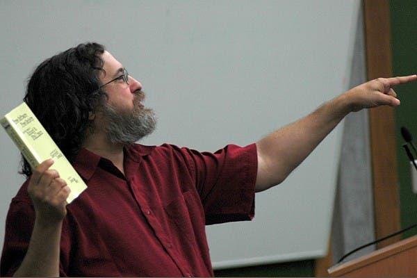 Richard Stallman en una de sus últimas exposiciones, esta vez en Calgary