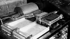 La computadora Atanasoff Berry, construida en la Universidad del Estado de Iowa (EE.UU.) entre 1939 y 1942