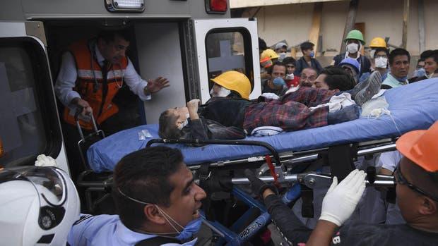 Terremoto en México: videos de rescate de niños de la escuela se transforman en un símbolo de esperanza