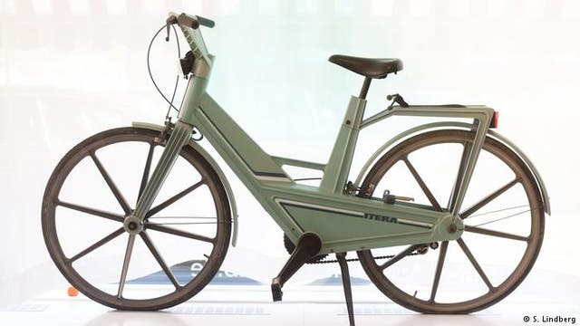En 1981, este modelo de plástico se presentó con grandes expectativas. El kit de la bicicleta no era lo suficientemente estable y algunas piezas se rompían con facilidad