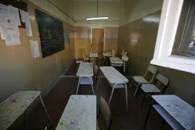 La triste imagen de aulas vacías se verá mañana y durante dos días más en las escuelas públicas de Buenos Aires, ante la decisión de Daniel Scioli de abonar el aguinaldo en cuatro cuotas