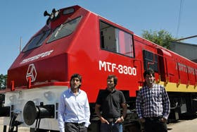 Luego de 40 años, presentan la primera locomotora fabricada en el país