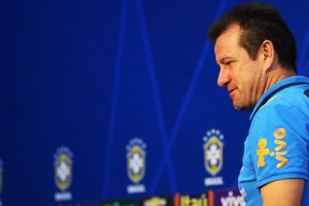 La selección de Brasil está a tono con la situación del país: no encuentra un rumbo