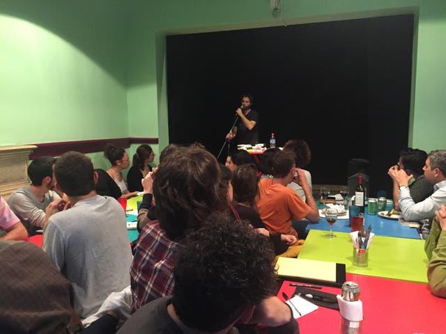 Filosofía a la gorra: encuentros itinerantes