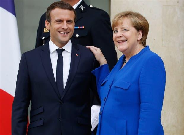 Macron y Merkel, el jueves pasado en el Elíseo, durante la cumbre anual franco-alemana