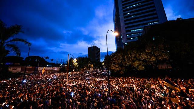 Manifestación en Venezuela por los caídos en las protestas