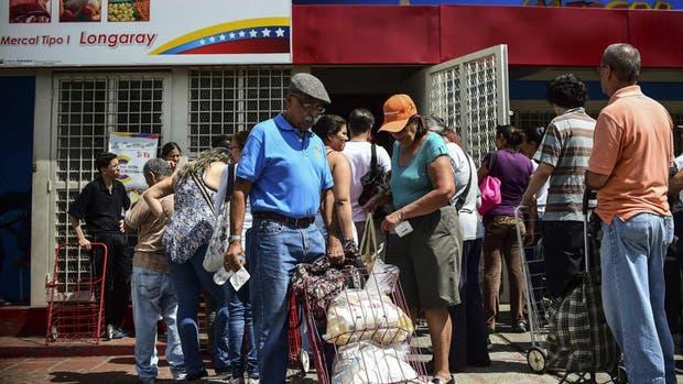 El racionamiento se profundiza en la venta de comida, en Caracas