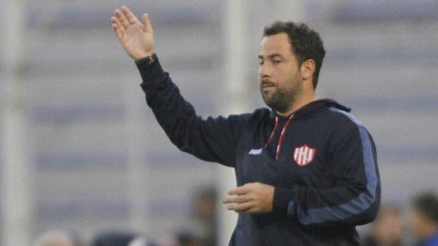Pumpido renunció tras la derrota ante Vélez