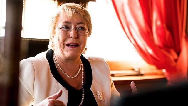 Hoy Bachelet estará en Buenos Aires