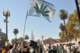 En la ciudad de Buenos Aires, la marcha de la marihuana arranca en Plaza de Mayo y termina en el Congreso