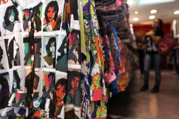 Hay remeras rockeras y hippies. Foto: OHLALÁ! /Guadalupe Aizaga
