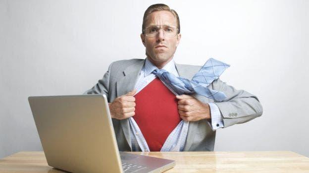 En internet nos ponemos el traje de superhéroes y nos desinhibimos, alentados por la sensación de anonimato