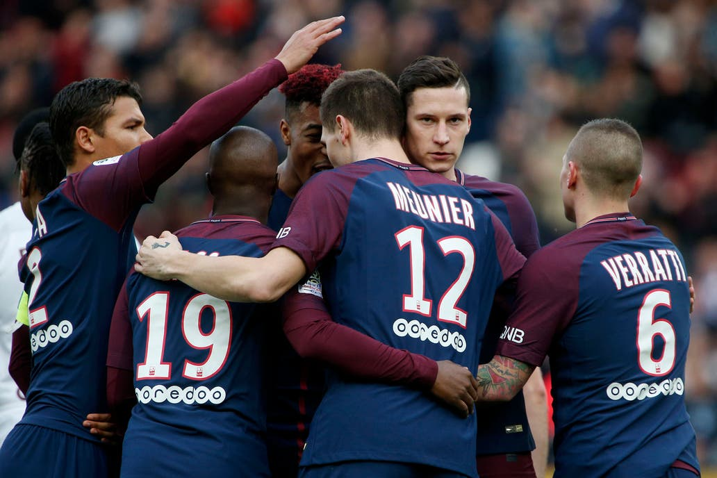 Aun sin Cavani, PSG liquidó al Metz en 45'