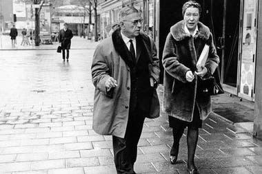 """Monteil asegura: """"Cuando Simone de Beauvoir leía uno de tus textos era como una profesora y era dura, pero él amaba eso"""""""