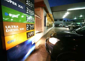 En la estación de servicio YPF de la calle Martínez de Hoz, en la zona del puerto marplatense, ayer se ofrecía el GNC a $ 1,499, un 7% más que su valor anterior