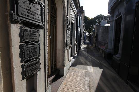 El cementerio de Chacarita esconde mitos, historias y costumbres del luto porteño y de todo el país. Foto: lanacion.com / Guadalupe Aizaga