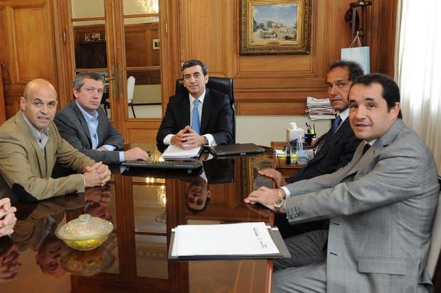 Randazzo, en reunión con Scioli y representantes del gobierno de la Ciudad de Buenos Aires