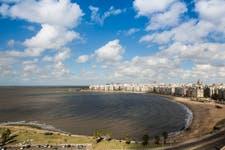 La rambla de la ciudad de Montevideo.