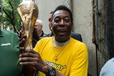 Pelé, en el tercer escalón: anotó 767 goles oficiales