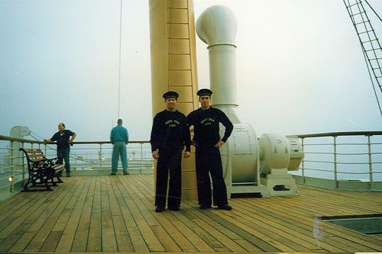 Los extras, en la cubierta del Titanic. Foto: Gentileza Luis Incisa