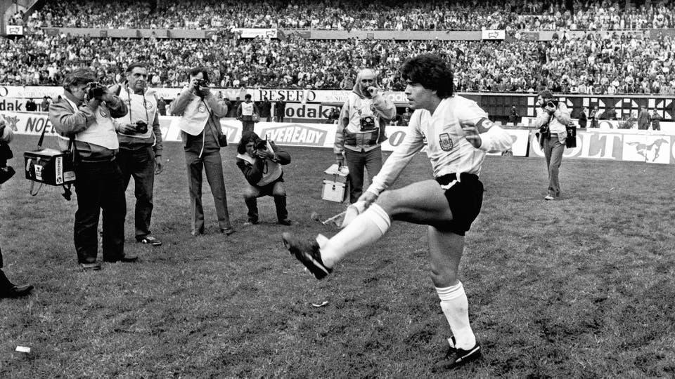 30-6-1985: todo listo para el dramático duelo ante Perú. Foto: LA NACION