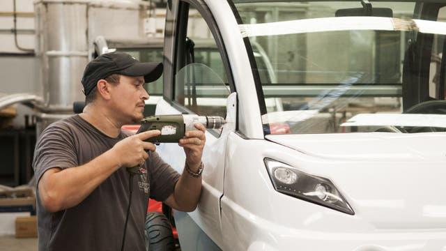 El primer auto eléctrico que se fabricará en el país. Foto: AFV/ Santiago Cichero