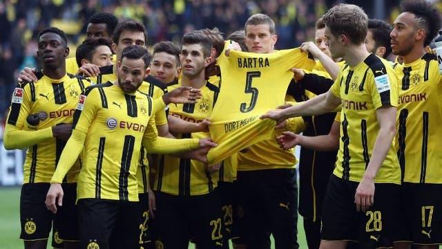 Borussia Dortmund le dedicó el triunfo a Bartra