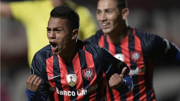Barrios celebra el gol de la victoria azulgrana