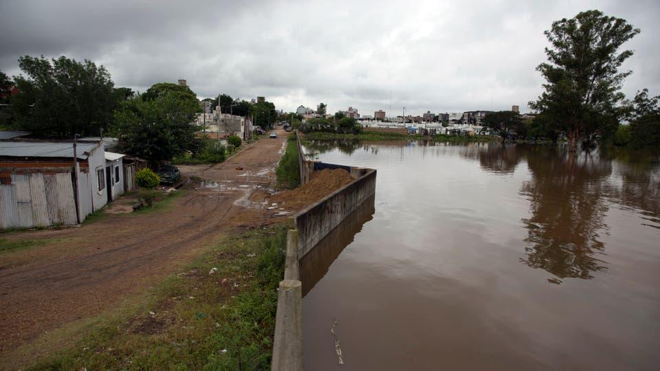 Concordia tiene 130.000 habitantes que dependen de las medidas que se tomen con la represa. Foto: LA NACION / Aníbal Greco