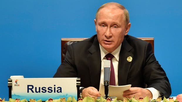 """Putin dice que una """"histeria militar"""" con Norcorea desataría una """"catástrofe"""""""