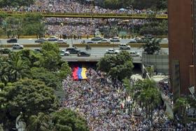 Miles de estudiantes universitarios volvieron a salir a las calles