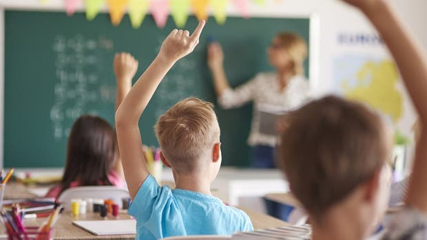 Chino ofrece 8 millones de dólares a quien proponga el mejor proyecto educativo