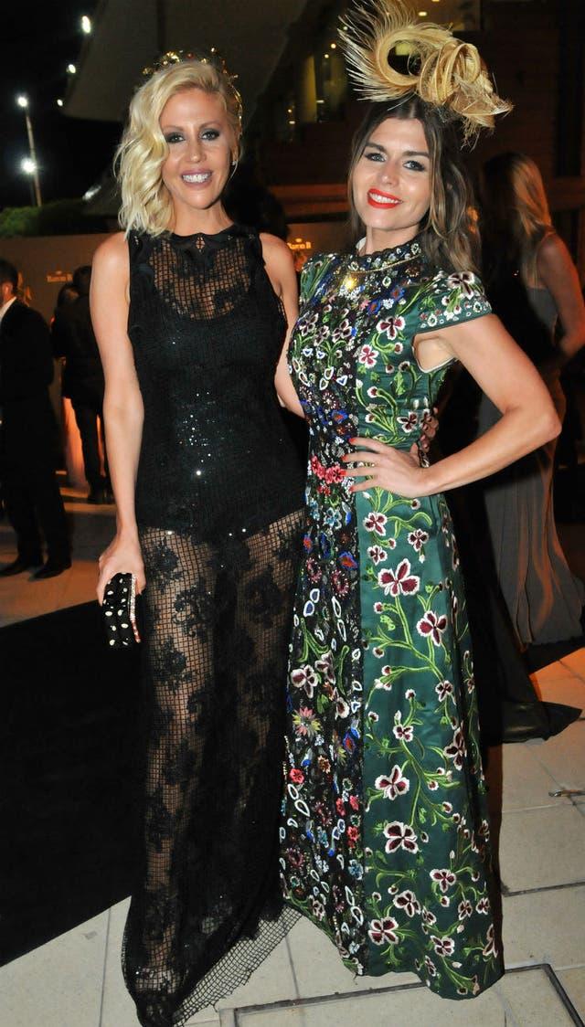 Barbie Simons junto a su amiga, la ex Rebelde Way Ángeles Balbiani