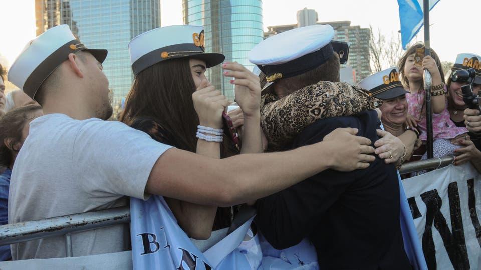 El arribo de la Fragata Libertad a Buenos Aires. Foto: Télam / Eva Cabrera