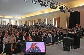 La Presidenta, ante la mirada de los artistas, en Mar del Plata