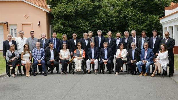 Mauricio Macri junto a los gobernadores cuando asumió la Presidencia